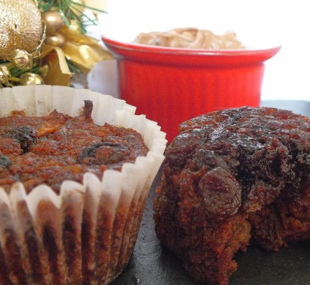 Christmas Pudding Carrot Cakes