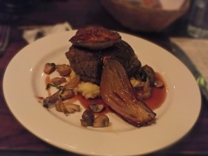 Steak with fois gras at 10 Cases