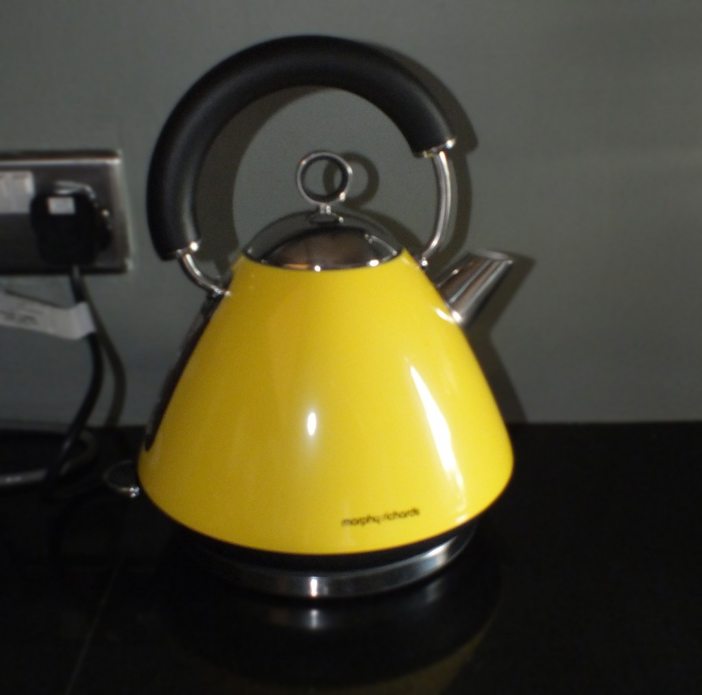 Morphy richards Colour Accent Kettle