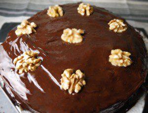 Flourless Chocolate and Walnut Cake