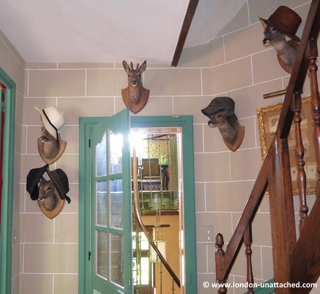happy deer chateau des vaults