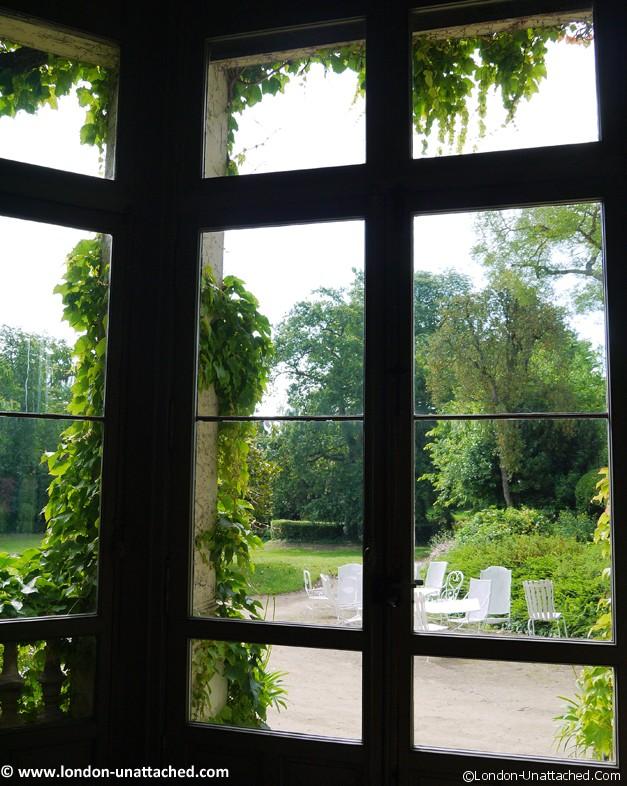 window chateau des vaults