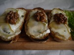 pear and capricorn crostini with honeyed walnuts