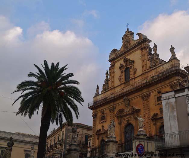 modica town centre