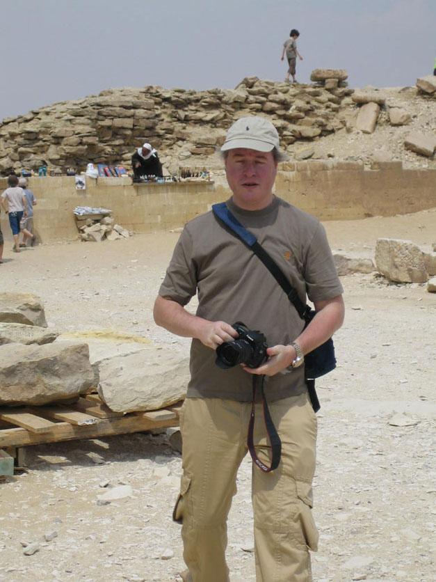 simon in the desert
