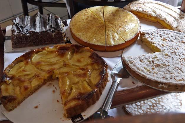 desserts at la famiglia