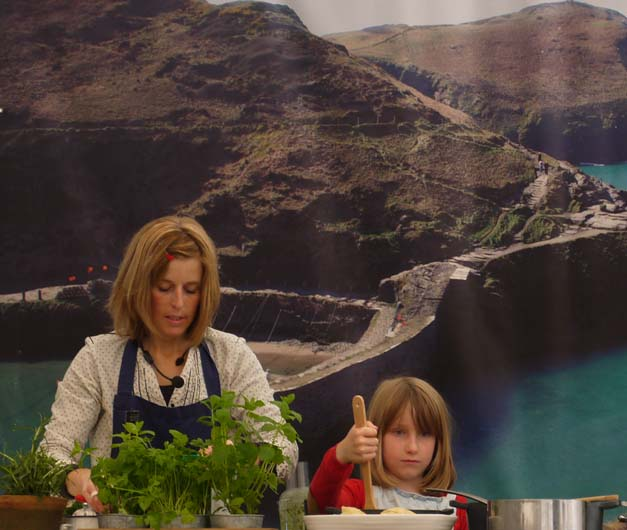 emily and daughter boscastle festival