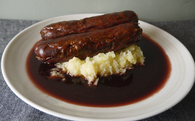 venison sausages with red wine and celeriac