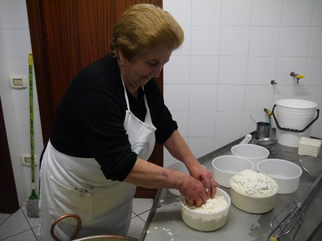 filling pecorino moulds