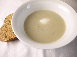 5-2 Diet Recipe – Cauliflower and Jerusalem Artichoke Soup