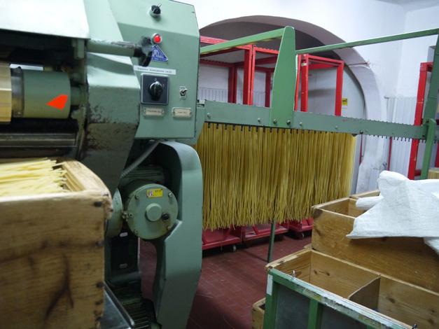 martelli pasta drying