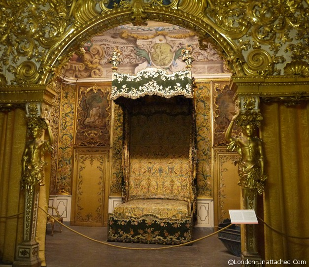 palazzo mansi gilded room