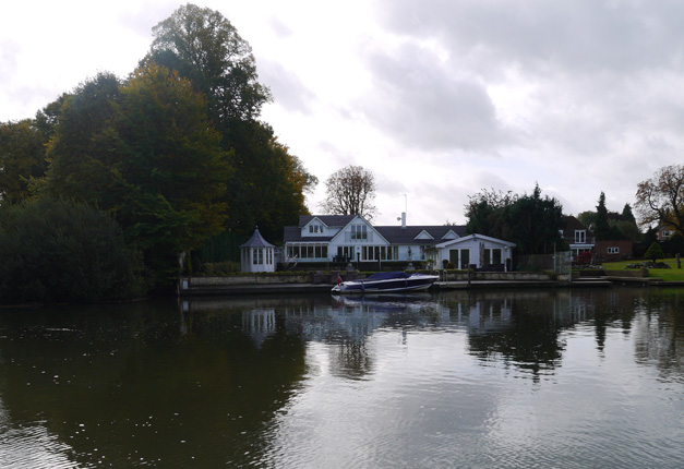messing around on the river - waterside inn
