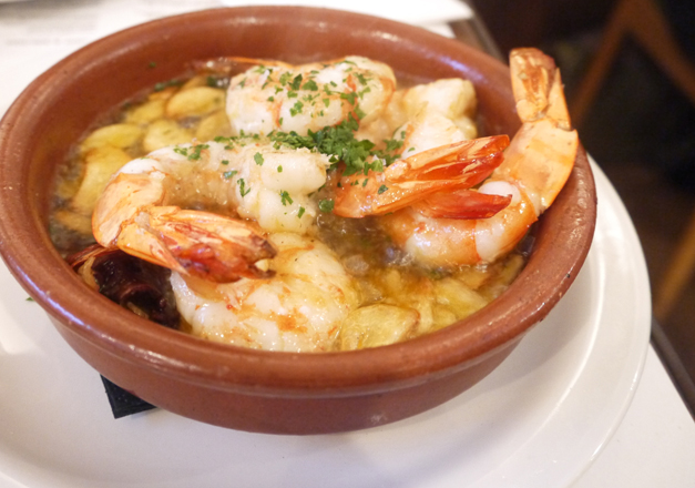 prawns with garlic - casa brindisa