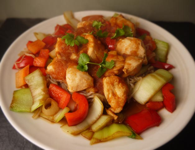5-2 diet sweet and sour chicken with Shirataki noodle stirfry copy