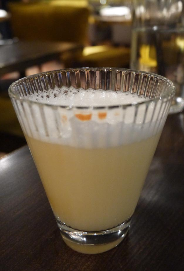 Pisco sour coya - bar London piccadilly