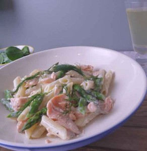 Creamy Salmon Pasta with Asparagus and Dill