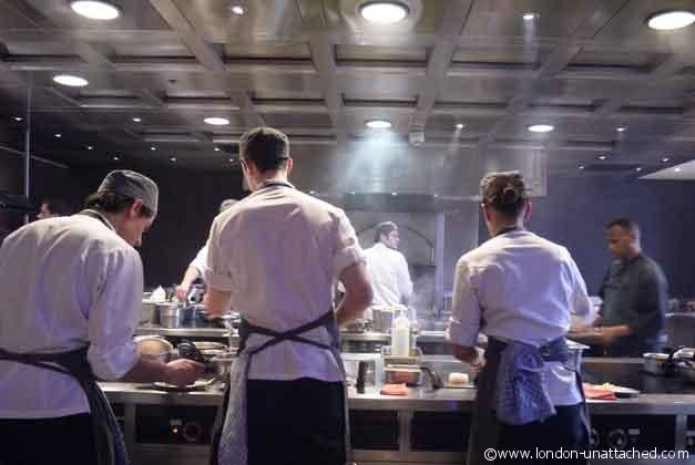 https://www.london-unattached.com/wp-content/uploads/2013/04/chefs-at-work-Dinner-Knightsbridge.jpg