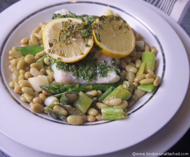 cod with lemon and flageolet beans close