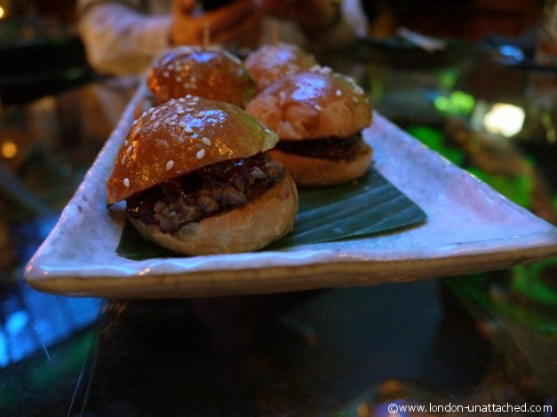 Lounge Lover Sliders