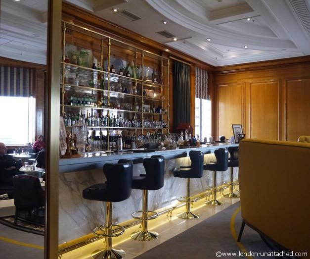 London Unattached at The Bar at Gillrays