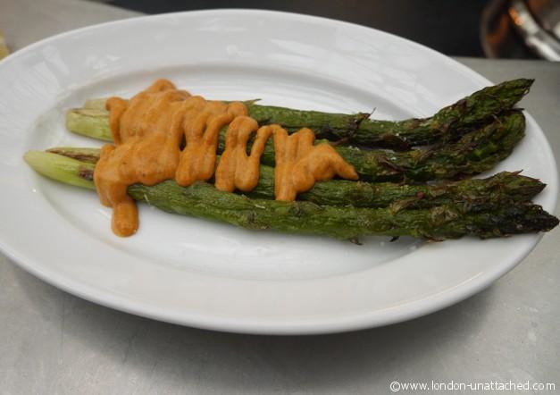Tapas revolution - asparagus with romanesco