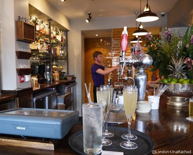 Bar - the Tavern