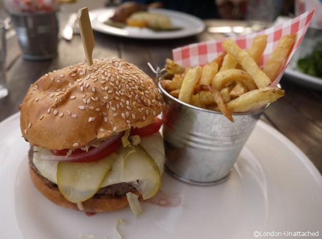 Brockwell Park Lido Cafe Burger - Review