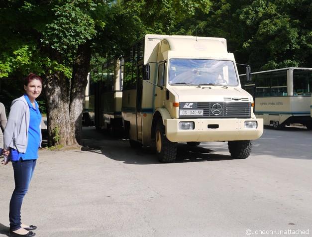 https://www.london-unattached.com/wp-content/uploads/2013/07/Plitvice-Croatia-Lake-Transport.jpg