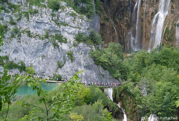 Plitvice Croatia - Slap and People