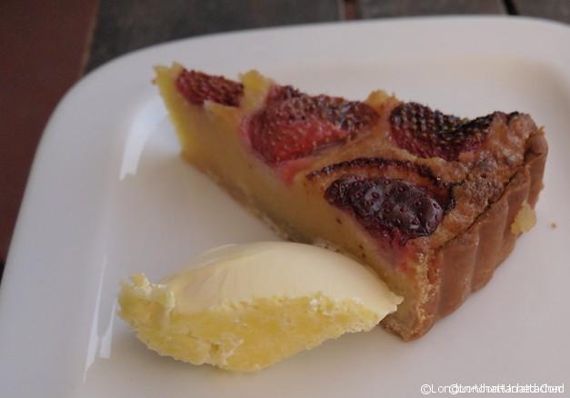 Review Brockwell Park Lido - Strawberry Custard Tart