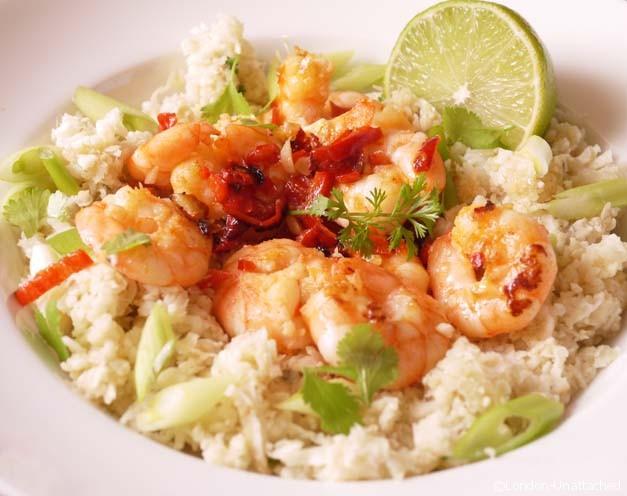 5-2 diet Coriander and lime Cauliflower rice with Garlic Chilli Prawns