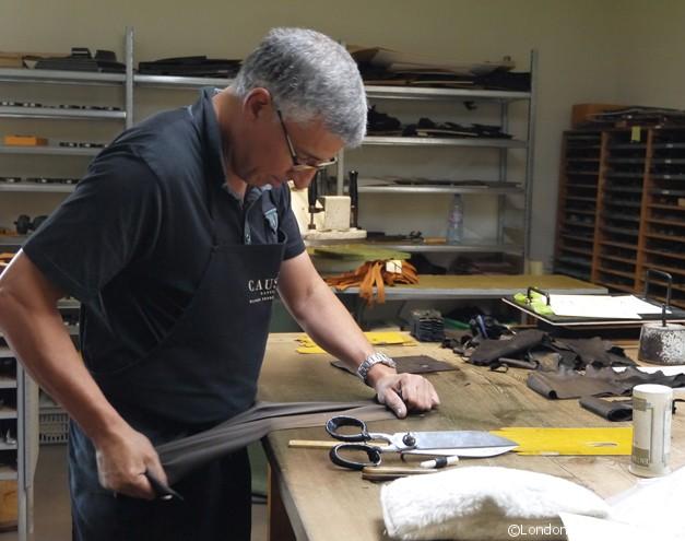 Causses et Cevennes - Making Gloves