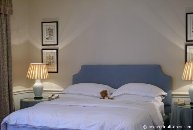 Draycott Hotel Bed