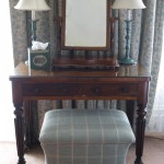 draycott hotel dressing table