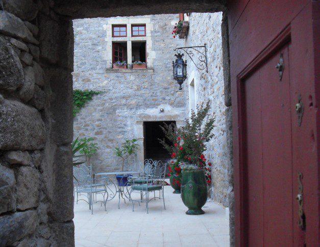 Chateau de Mandagout Terrasse