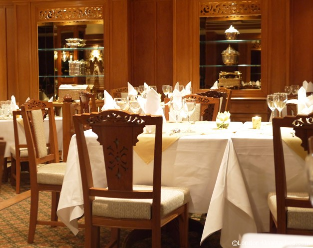 Nipa Thai Interior tables