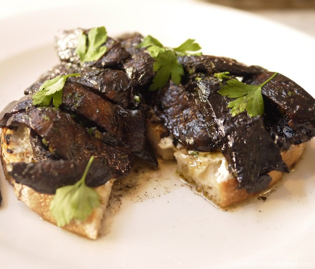 Number 11 mushrooms on toast