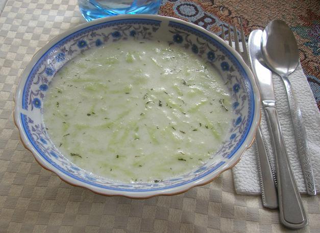 Tarator - Yoghurt Soup - bulgaria