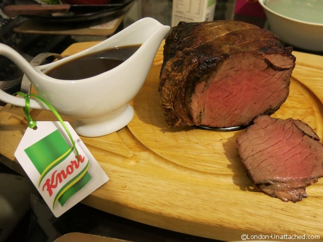 Knorr Gravy Pot and Beef