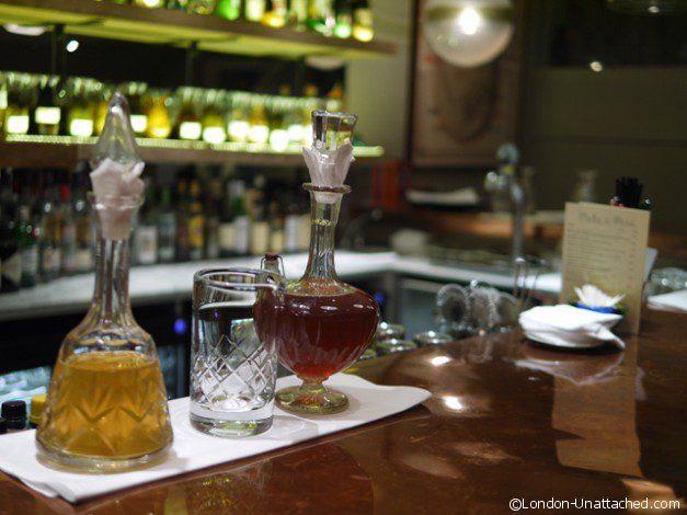 Mele e Pere Vermouth on the Bar