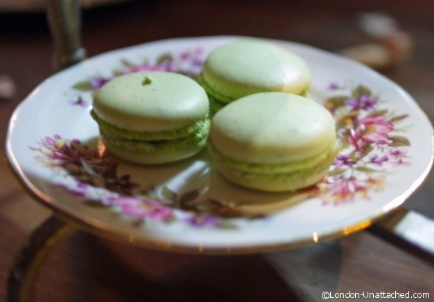 Momo london Macaron