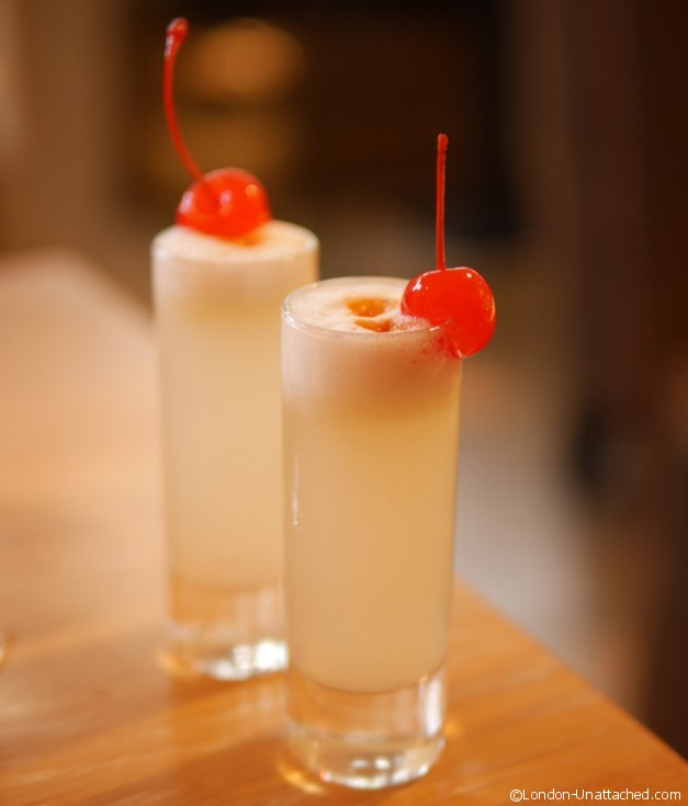 Uni - Miniature pisco sour