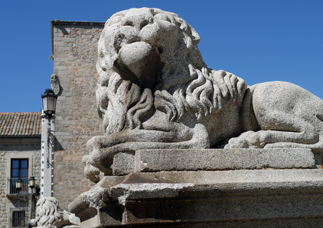 Lions at Avila Cathedral