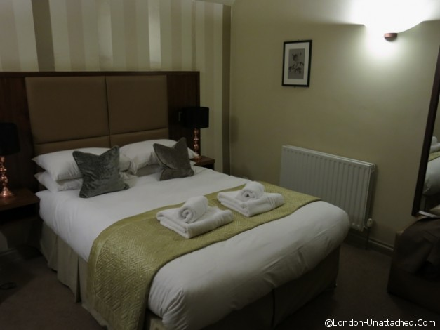 The Cherry Tree Inn Bedroom