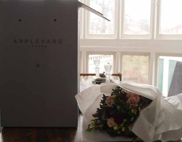 www.appleyardflowers.com/valentines-flowers/goddess
