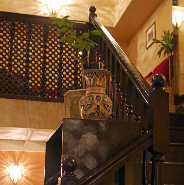 le menar private dining balcony