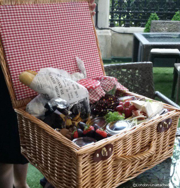 royal horseguards hotel london picnic