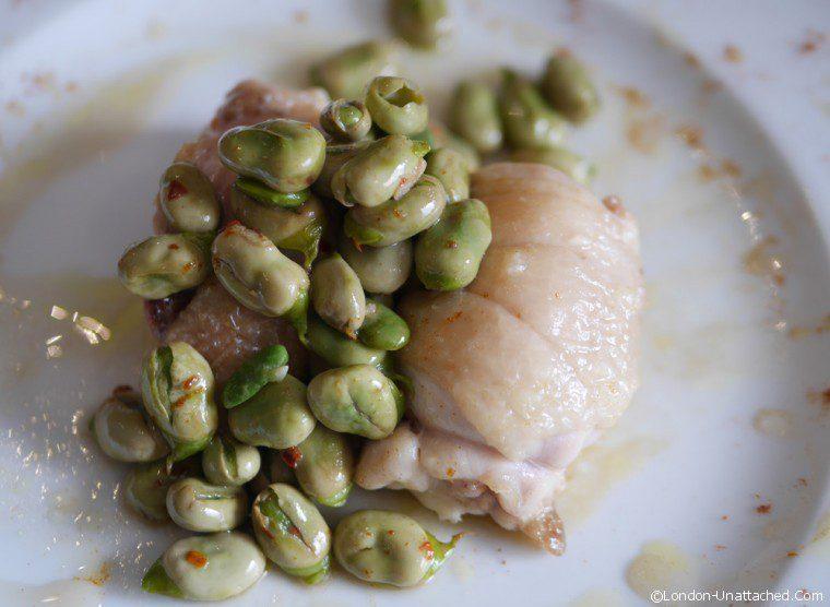 Acciuga - chicken with fava