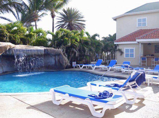 Antigua - Resort Pool